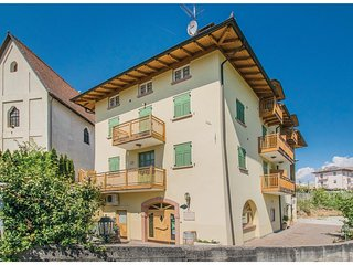 2 bedroom Apartment in Portolo, Trentino-Alto Adige, Italy : ref 5545259