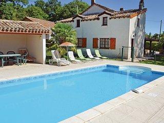 5 bedroom Villa in Montlauzun, Occitanie, France - 5539269