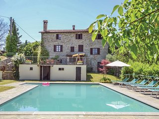 6 bedroom Villa in Pieve delle Rose, Umbria, Italy : ref 5545438
