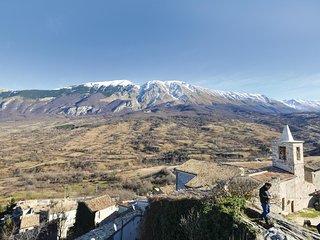 4 bedroom Villa in Roccacaramanico, Abruzzo, Italy : ref 5541429