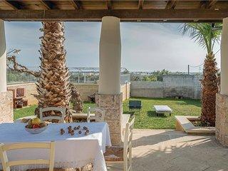 3 bedroom Villa in Torre San Giovanni, Apulia, Italy : ref 5548836
