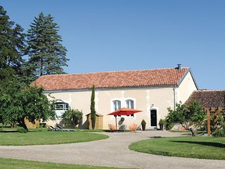 3 bedroom Villa in Burie, Nouvelle-Aquitaine, France : ref 5539044