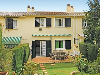 4 bedroom Villa in Sant Pol de Mar, Catalonia, Spain : ref 5538681
