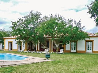 4 bedroom Villa in Cotovia, Setubal, Portugal : ref 5547808