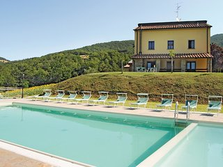 9 bedroom Villa in Misciano, Tuscany, Italy : ref 5540161