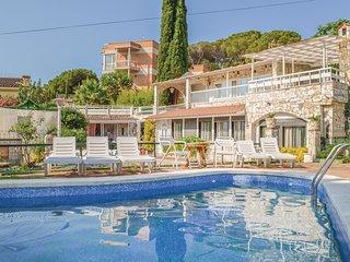 5 bedroom Villa in Lloret de Mar, Catalonia, Spain : ref 5549007