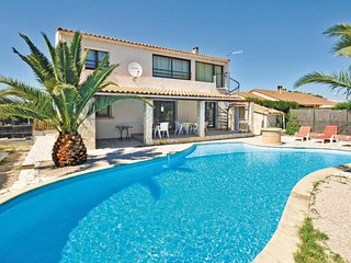 4 bedroom Villa in Miramas, Provence-Alpes-Côte d'Azur, France : ref 5539366