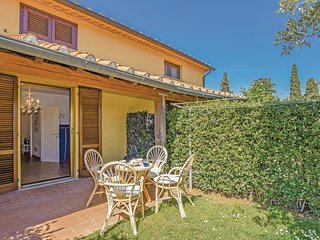 2 bedroom Villa in Cecina, Tuscany, Italy : ref 5545437