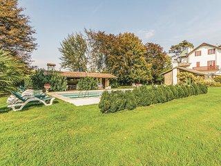 7 bedroom Villa in Monte Ortone, Veneto, Italy : ref 5540647