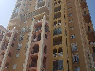 Lujoso apartamento con vistas la mar a 100 metros de la playa