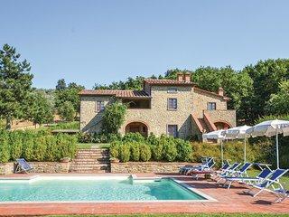 5 bedroom Villa in Pieve di Chio, Tuscany, Italy : ref 5548377