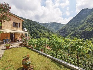 3 bedroom Villa in Casoli, Tuscany, Italy : ref 5549497