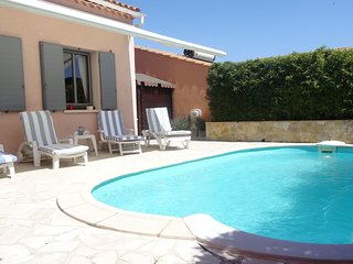 2 bedroom Villa in Le Mourillon, Provence-Alpes-Cote d'Azur, France : ref 556043