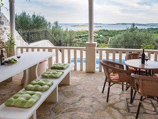 3 bedroom Villa in Orebic, Dubrovacko-Neretvanska Zupanija, Croatia : ref 556295