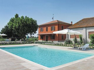 4 bedroom Villa in Viazza, Veneto, Italy : ref 5540637