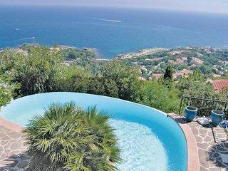 3 bedroom Villa in Saint-Peire-sur-Mer, Provence-Alpes-Cote d'Azur, France : ref
