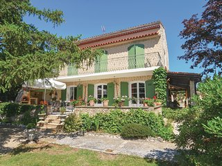 4 bedroom Villa in Velaux, Provence-Alpes-Cote d'Azur, France : ref 5540978