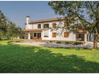3 bedroom Villa in Cendon, Veneto, Italy : ref 5547366