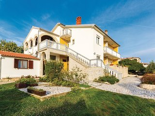 4 bedroom Apartment in Liznjan, Istria, Croatia : ref 5543161