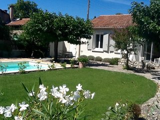 LS2-304 MOUNDE, Beautiful provencal house in L'Isle sur la Sorgue