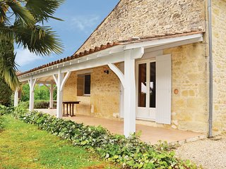 4 bedroom Villa in Saint-Vivien-de-Monsegur, Nouvelle-Aquitaine, France : ref 55