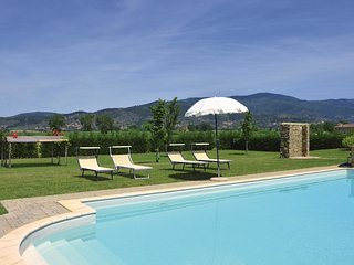 2 bedroom Apartment in Fratta-Santa Caterina, Tuscany, Italy : ref 5540166
