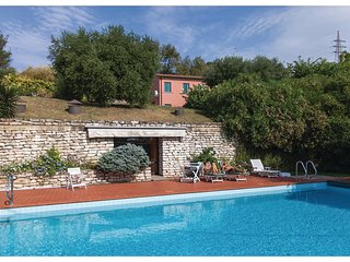 4 bedroom Villa in Rivadolmo, Veneto, Italy : ref 5543650