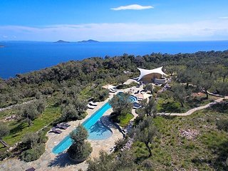 6 bedroom Villa in Isomata, Thessaly, Greece : ref 5583285
