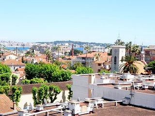 1 bedroom Apartment in Golfe-Juan, Provence-Alpes-Cote d'Azur, France : ref 5545