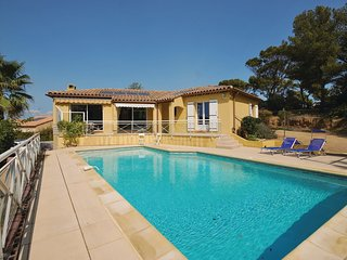 3 bedroom Villa in Cap de l'Esterel, Provence-Alpes-Cote d'Azur, France : ref 55