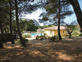 3 bedroom Villa in Cap de l'Esterel, Provence-Alpes-Cote d'Azur, France : ref 55