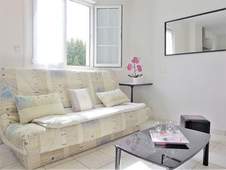 2 bedroom Apartment in Ciboure, Nouvelle-Aquitaine, France : ref 5544289