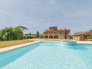 7 bedroom Villa in Poschini, Tuscany, Italy : ref 5543757