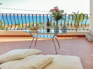 2 bedroom Apartment in Cava d'Aliga, Sicily, Italy : ref 5550175