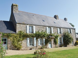 6 bedroom Villa in Sibiril, Brittany, France : ref 5538951