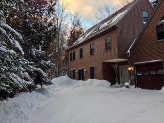Treetop-Retreat Vacation Rental Apartment near Acadia National & Park Bar Harbor