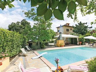 4 bedroom Villa in Mosciano, Tuscany, Italy : ref 5548386