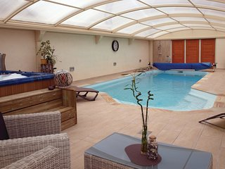 4 bedroom Villa in Pléhérel-Plage-Vieux Bourg, Brittany, France : ref 5540907