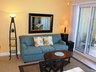 Ariel Dunes 2206-Beautiful one bedroom condo w/ gulf views. Zero entry pool