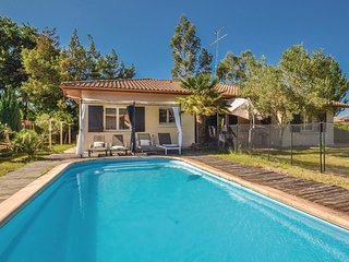 2 bedroom Villa in Biscarrosse, Nouvelle-Aquitaine, France : ref 5546685