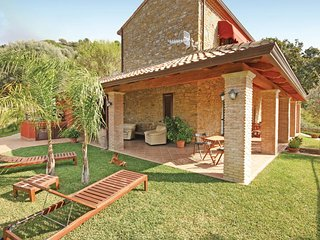 3 bedroom Villa in Montecorice, Campania, Italy : ref 5539803