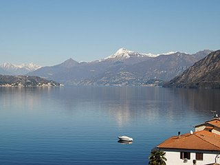Apartment with wonderful views - Lake Como