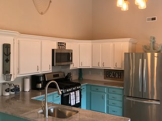 Big Bass Lake All Sports! 4 bed/2 bath couples retreat, family! special price!