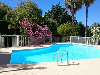 T2 Frejus- piscine, parking, wifi