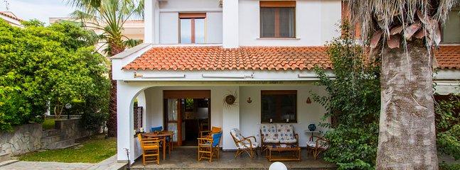 Juno Garden House, Skala Fourkas