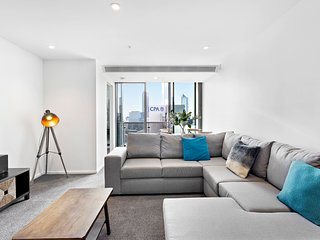 Sonya, Sensational 2BDR Southbank Apartment