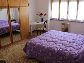 Room Violet to Rome !