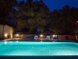 koxyli apartments-1st floor apartment ,for 2-6,pool-garden-parking