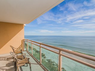 Oceanfront Suite | Balcony, Pool Access, And Free Waterpark Entrance!