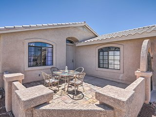 Spacious Home w/Patio - 10 Minutes to Lake Havasu!